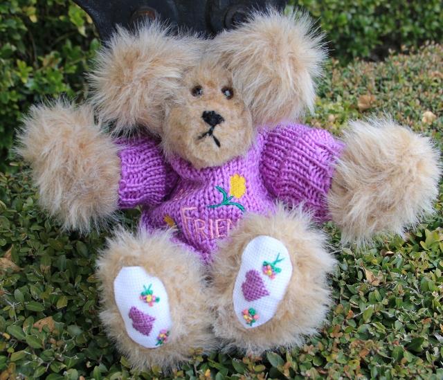 Purple Sweater Bear 001 (640x549)
