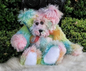 Sweatpea pastel rainbow bear