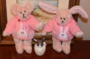 puppies and pink mohair bear and bunny 008 (640x420)