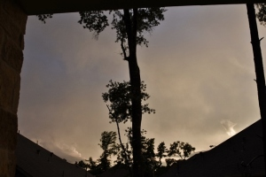 storms between night (640x427)
