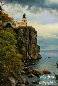 lighthouse at Gooseberry Falls text (427x640)