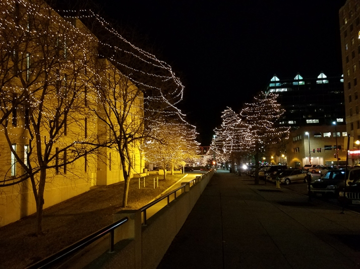 christmas-tree-lights-downtown-omaha-900