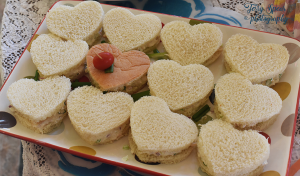 mad-hatter-tea-party-900-heart-sandwiches-043