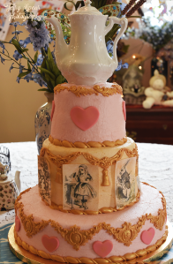 mad-hatter-tea-party-cake-900-014