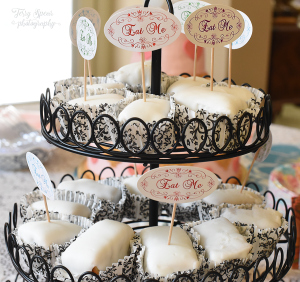 mad-hatter-tea-party-elizabeths-cakes-900-038