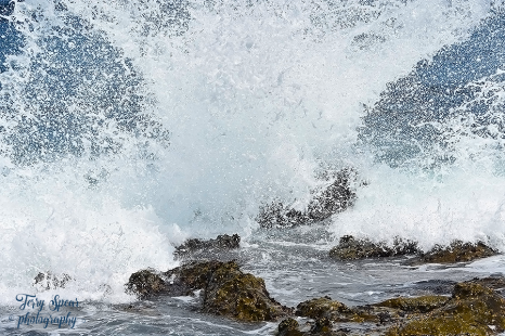 Splashing water off rocks San Diego 900 4145