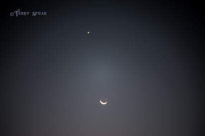 crescent moon and the north star 900 002