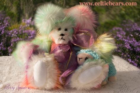 Sherbert bear with baby lamb 1000 119