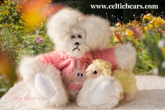 white bear with champagne tipped fur, with bunny sweater and baby lamb 1000 116