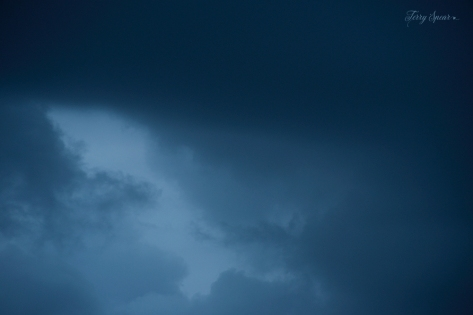 stormy clouds 1000 044